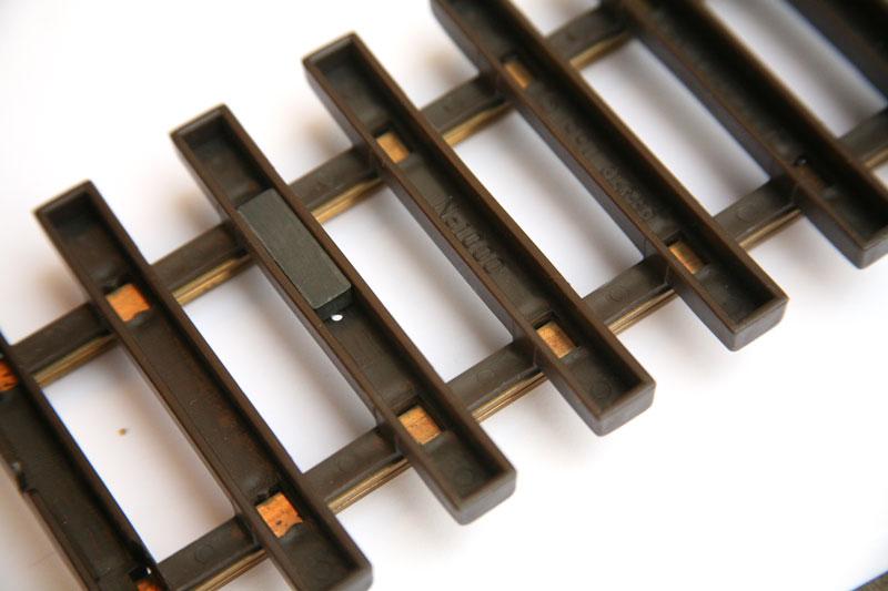 SL-TMU-1705 invisible track magnet